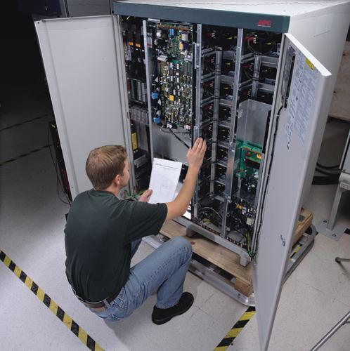 APC Upgrade on site service warranty to 1YR, 4Hour 24x7